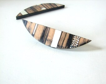 Stripy Leather Brooch, OOAK Leather Pin, Leather Gift for Her, Gift under 15 USD,Handmade in UK, Leather Accessories