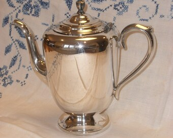 Coffee Pot - Silver Plate -Wm Rogers -  Vintage