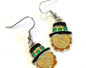 Leprechaun Luck of the Irish Earrings - St. Patrick's Day - IRISH charm with four leaf clover in the center - holiday jewelry