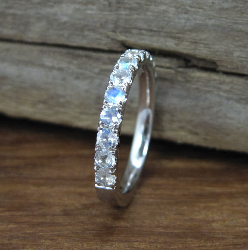 zoom - Moonstone Wedding Ring