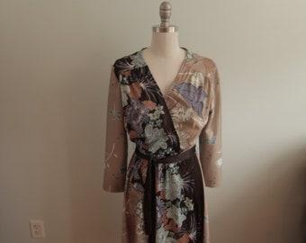 1970's Brown and Taupe Floral Dress