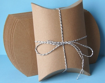 10 Medium Kraft Pillow Boxes for Treats, Packaging & Gift Wrap . 4.5 x 4.5 x 1.5