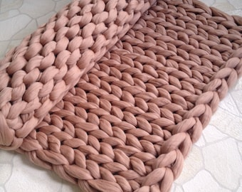 Chunky knit blanket. Chunky knit throw. Merino blanket. Arm knit blanket. Super chunky blanket. Super thick blanket. Decor home & bedroom