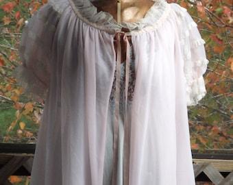 Womens Sheer Robe, Vintage 1950s Pink Robe, Babydoll Peignoir, Long Flowing Robe, Short Sleeve Robe, Pink Princess Robe, Size medium, M