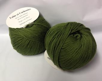 10 balls cashmere and Merino Wool /kaki/ made in FRANCE