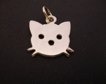 sterling silver  kitty cat pendant .  25mm x 20mm