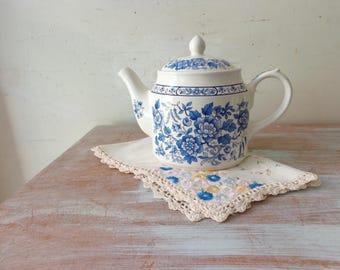 Vintage Blue and White Floral Sadler Teapot - Mosaic art/decor/planter