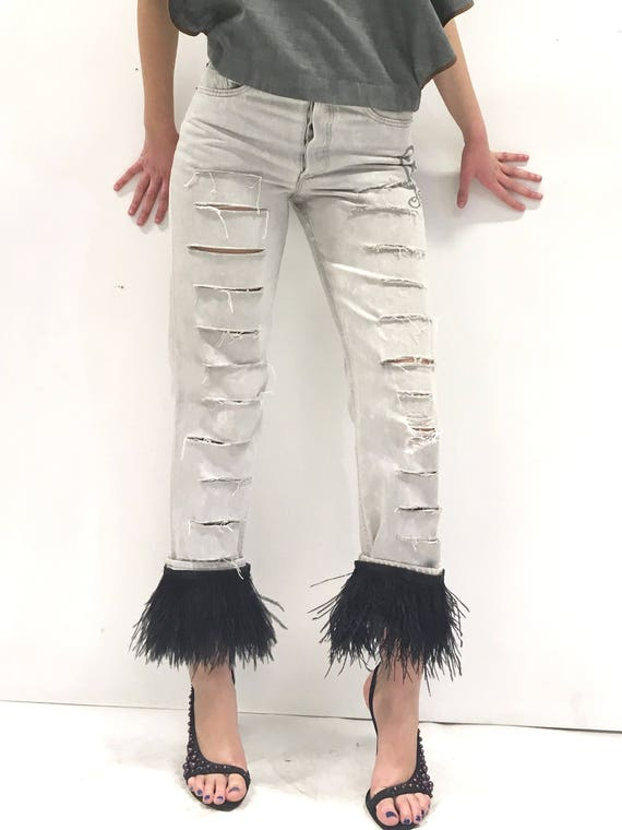High-Waisted Jeans Light Gray Rips Detachable Feathers LOLA DARLING Vintage Levi's Print Logo on the Side One Pocket on Back