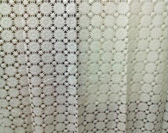 053-LACE CURTAIN TABLECLOTH
