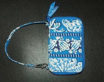 Vera Bradley Blue Lagoon Carry It All Small Zip Coin Wallet Wristlet Retired Pattern