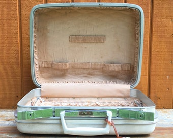 "Vanity Train Case Samsonite Silhouette Suitcase | 16"" Marbled White Fitted Cream Luggage 