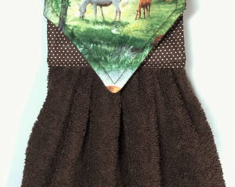 Brown Hanging Hand Towels, Horse Kitchen Hand Towels, Horses Hand Towels, Horse Gift,  Horse Decor, Horse Kitchen Decor, Brown Kitchen Towel