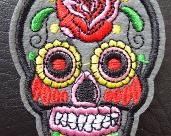 Embroidered patch fusible skull skull candy skull pinup 5.3 x 7.1 cm grey x 1