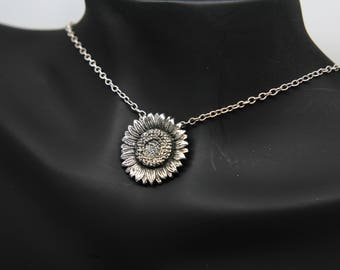 Sunflower necklace - Sunflower pendant - Flower necklace - Sterling silver sunflower - Realistic sunflower - Christmas gift - Daisy necklace