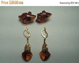 On Sale 2 pairs of Earrings