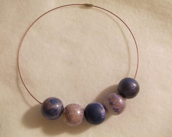 PAINTED BEADS NECKLACE