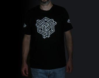 Geometrical Knot | Optical Illusion T-shirt | reflective