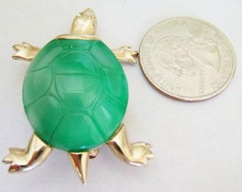 Green Turtle Brooch / Pin / Turtle Jewelry / Green Brooch / Pin / Turtle Brooch / Pin / Turtle Items / Gold Turtle Brooch / Pin
