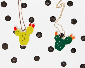 Prickly pear necklace - light or dark green