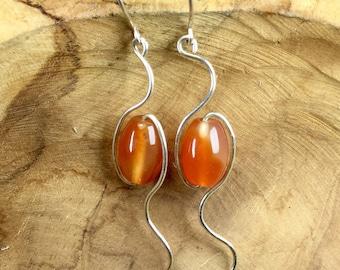 Sterling silver earrings / silverwire earrings / silver earrings / carnelian earrings / wire earrings / boho earrings