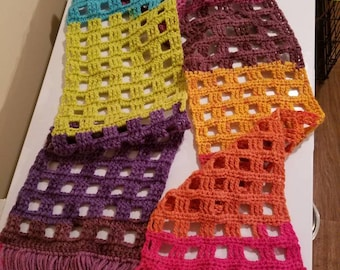 Colorblock style fringed windowpane super scarf