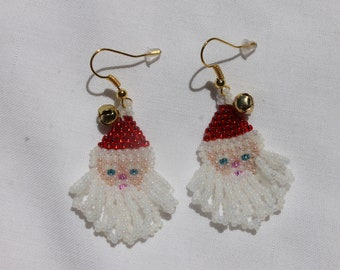 Hand Beaded Holiday Santa Earrings Color S/L Red Hat Gold Tone French Hooks