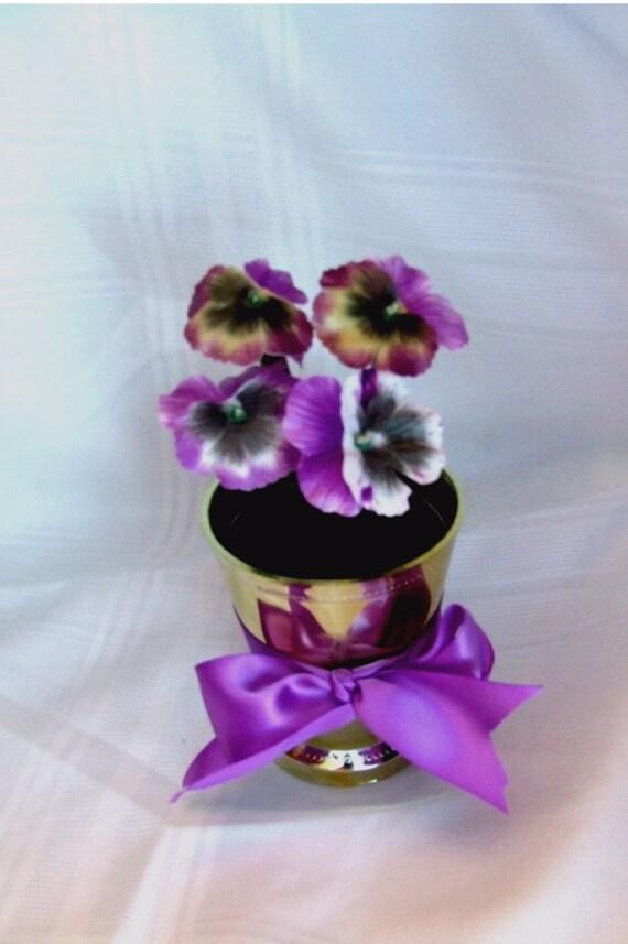 Flower Pen Bouquet Pansy Plum daisies Plum clusters