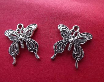 Perforated (x 2) antique silver metal Butterfly charms/pendants