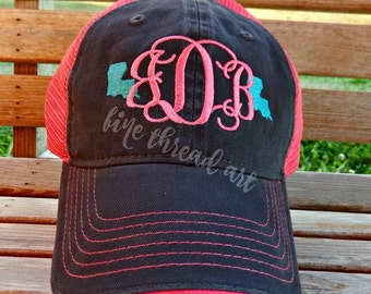 LADIES State Monogram Mesh Back Baseball Cap Hat Mom 50 States Bride Bachelorette Summer Beach Hat Trucker Hat Louisiana Texas Carolina