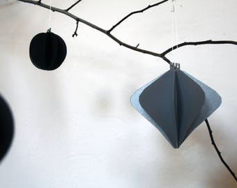 winterly simpleness *** ornament *** silver