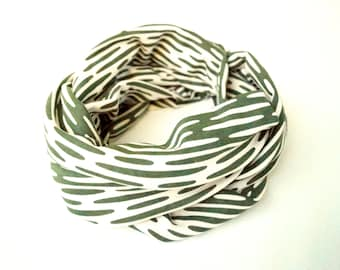 Women's Eco Friendly Infinity Scarf, Loop Scarf, Circle Scarf - Forest Green
