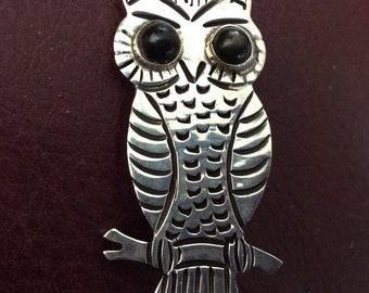 Vintage sterling signed MB Owl sooo cute