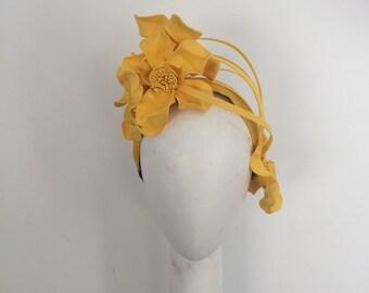 Yellow Fascinator , Fascinator , races hat, headband Fascinator , headpiece, Melbourne Cup, wedding Fascinator , wedding hat