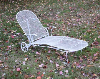 Russell Woodard Sculptura Patio Chaise Lounge
