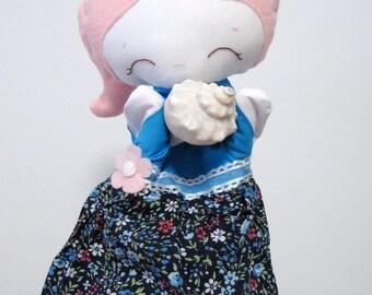 Éloise puppet, hand puppet, puppet girl