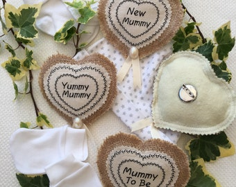 Unusual 'New Mummy' gift badge,  brooch. Great for first visit to New Mum and New Baby, or Baby Shower gift.