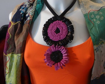 Sunflower Necklace Fuchsia and black
