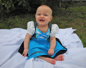 Baby dirndl 6 months ready for shipping