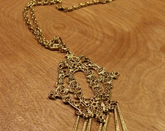 Gold Pendant on Chain Necklace, item #165