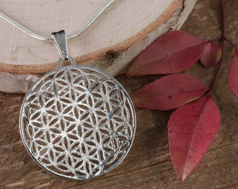 Flower of life pendant silver spiritual and inspiring 4cm silver flower of life pendant 19 circle sacred geometry jewelry seed of life mozeypictures Gallery