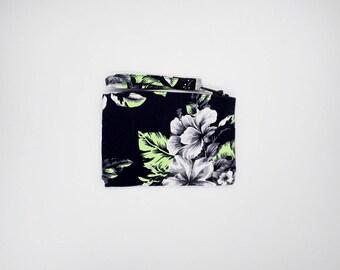 Tropical black and white hibiscus print coin purse