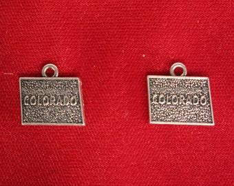"5pc ""Colorado"" charms in antique silver (BC888)"