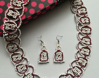 Burgundy tatted necklace and earrings with butterwhite seedbeads