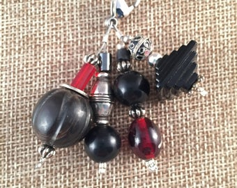 Beaded zipper charm in black with red accent, purse bling, fashion accessory