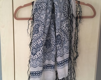 Blue and White Patterned Scarf