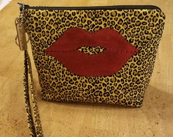 LipSense Distributor, direct sales, wrist-let  bag, purse, leopard print,  holds  21 lipsticks & additional supplies, shimmering  red lips