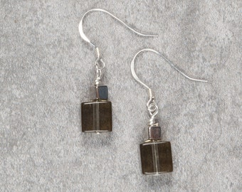 Grey/brown Cube Drop Earrings (027)