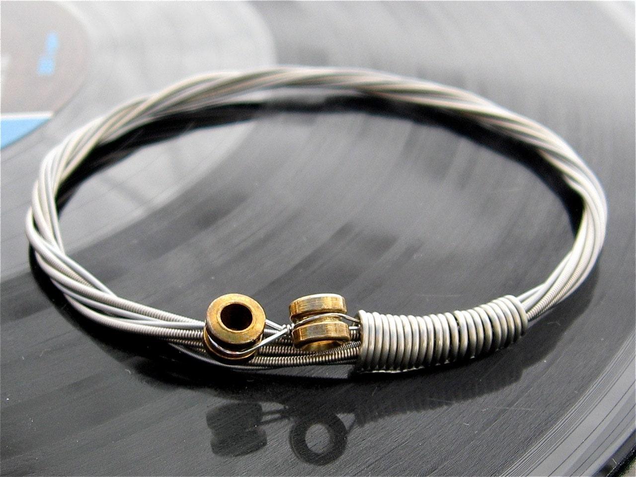 how to make guitar string bracelet