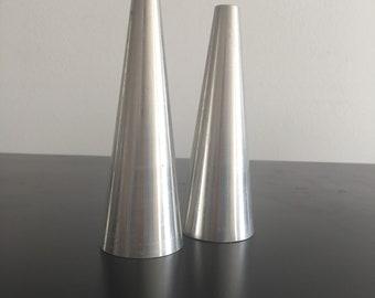 Vintage,Stainless Steele, Salt And Pepper Shakers,Mid Century Modern,Mimimalist,Brushed Stainless steele,Tableware.