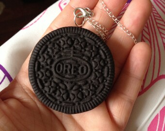 Oreo cookie necklace lifesized realistic jewelry food